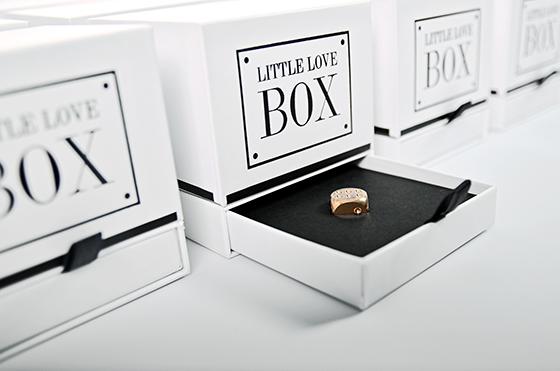 Kihúzott tálcás fehér Little Love Box
